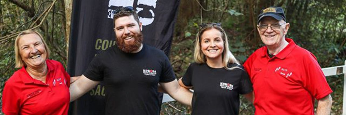 Support crew of the Kokoda Virtual Challenge at the checkpoint located near Polly's Country Kitchen